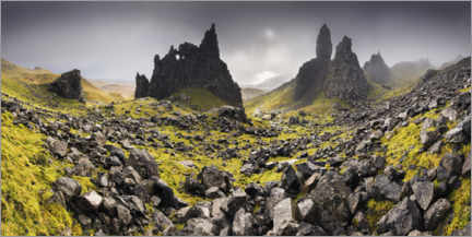 Plakat  The Old Man of Storr under dark clouds - The Wandering Soul