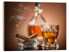 Trebilde  Glass of whiskey and a cigar