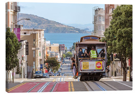 Lerretsbilde  Cable car on a hill in the streets of San Francisco, California, USA - Matteo Colombo