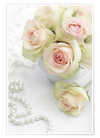 Plakat  Pastel-colored roses with pearls