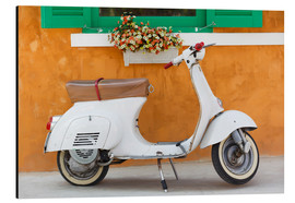 Aluminiumsbilde  White scooter in front of a window